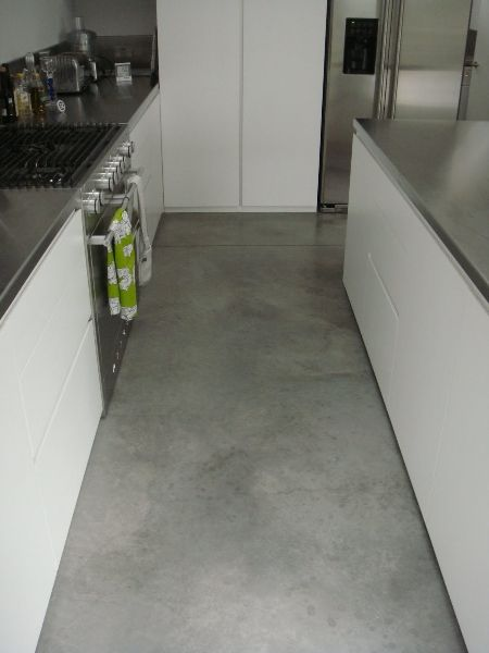 Natural power float concrete floors house bath steyson for Concrete floors in house